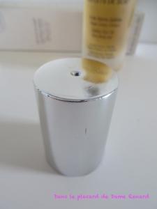 Reflets de Soie: l'huile sèche satinée Omnisens