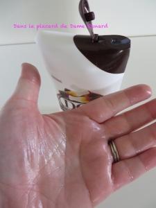 Douche crème Douceur d'Enfance au parfum du bonbon cola DOP
