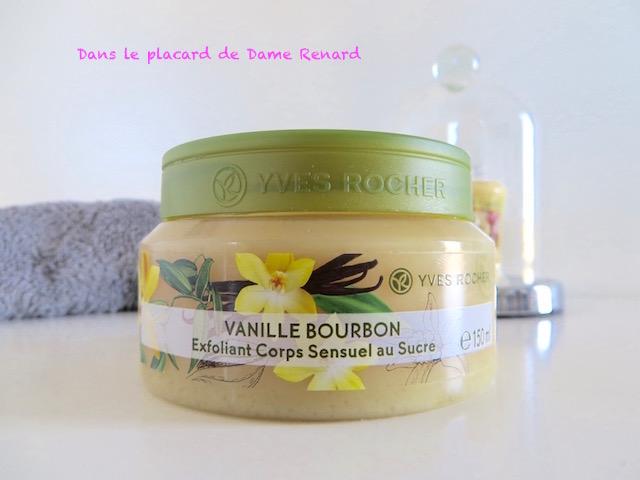 Exfoliant_corps_sensuel_au_sucre_vanille_bourbon_Yves_Rocher_09