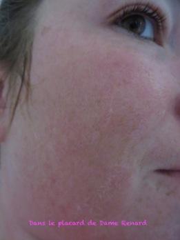 Pénetrration du sérum après Masque bio-cellulose SOS ECLAT Barbara Gould