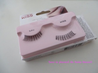 faux-cils-look-so-natural-sultry-kiss-06