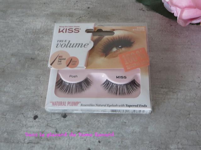 faux-cils-true-volume-posh-kiss-01