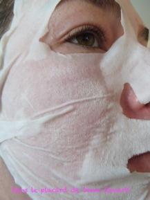 masque-tissu-hydra-bomb-garnier-skinactive-11