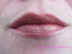 ultra-metallic-lip-colour-pop-kween-12