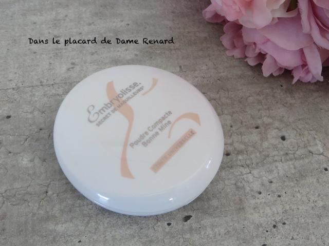 Poudre-Compacte-bonne-mine-Embryolisse-Routine-teint-printemps-01
