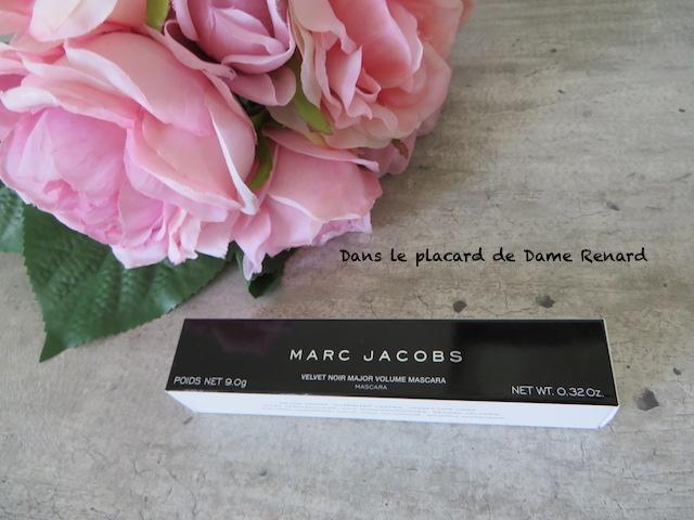 Mascara-velvet-noir-major-volume-Marc-Jacobs-01