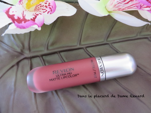 Rouge-a-levres-Ultra-Mat-HD-Revlon-Kisses-02