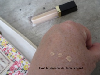 Perfecting-Concealer-Artistry-Extract-Fit-04