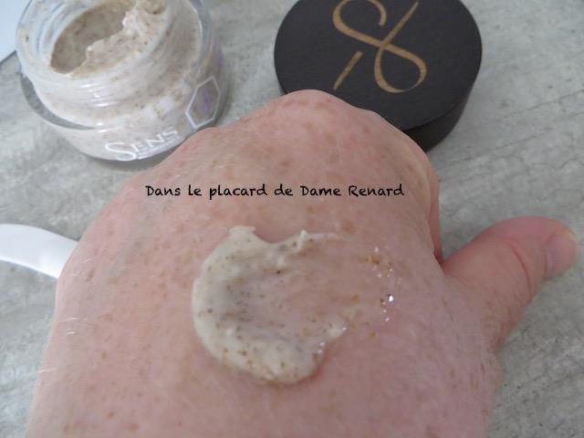 poudre-de-sarment-gommage-visage-sens-en-provence-05