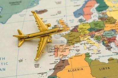 5219253-avion-voyager-en-europe-map-est-libres-de-droits-off-un-site-web-gouvernemental