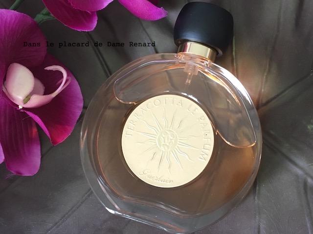 Leau De Toilette Terracotta Le Parfum De Guerlain Une Fragrance