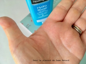gel-creme-hydro-boost-neutrogena-06