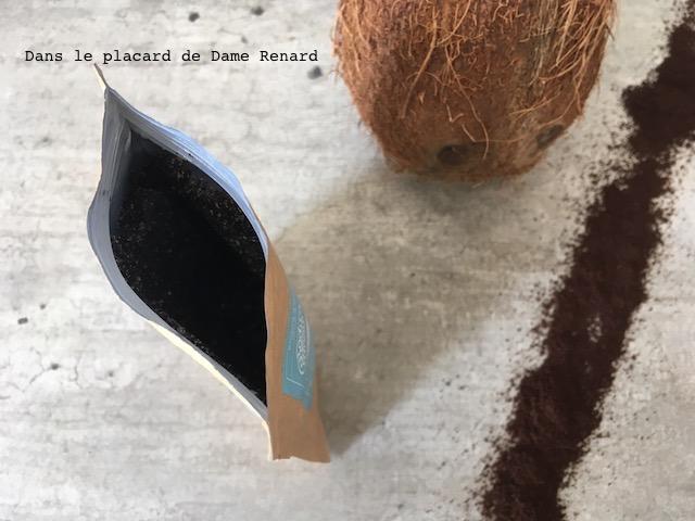 gommage-coffe-scrub-noix-de-coco-body-boom-05
