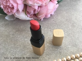 luxe-mat-rouge-a-levres-mat-luxe-bobbi-brown-04