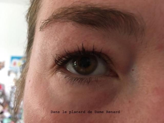 oeil-avec-mascara-lights-camera-lashes-tarte-02