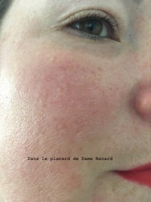 peau-sans-fond-de-teint-skin-long-wear-weightless-foundation-spf15-bobbi-brown-01