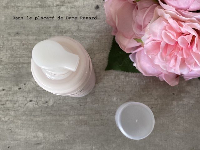 eau-de-mousse-micellaire-aux-petales-de-rose-nuxe-05